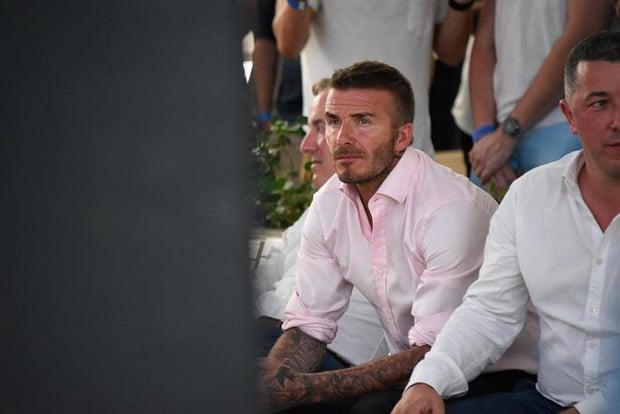 CĐV mắt đẫm lệ, Beckham thẫn thờ nhìn tuyển Anh lỡ hẹn chung kết World Cup - Ảnh 3.