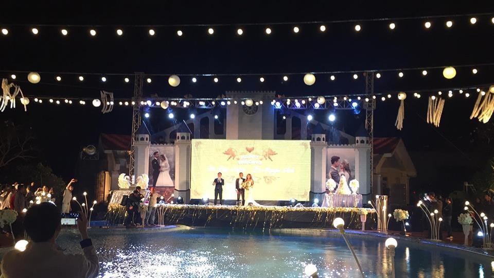 Lễ báo hỉ hoành tráng mời 1.000 khách, nguyên dàn motor đưa dâu, riêng trang trí đã hết 200 triệu ở Buôn Mê Thuột 7