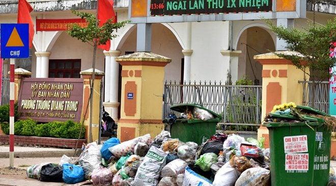 Hình ảnh Tỉnh Quảng Ngãi yêu cầu xử lý cấp tốc hơn 2000 tấn rác ngập thành phố số 1