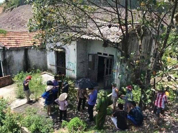 Hình ảnh Quảng Ninh: Tìm thấy thi thể một người đàn ông lõa thể đang phân hủy trong căn nhà hoang số 1