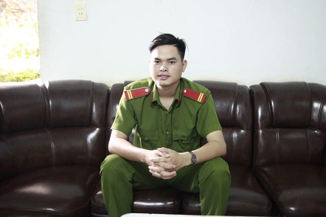 Chân dung trung sĩ công an đạt điểm tuyệt đối môn Lịch sử 1