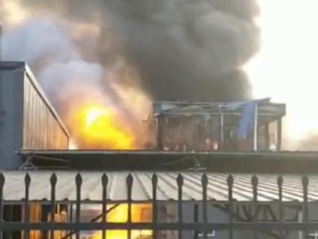 Nổ lớn nhà máy hóa chất Trung Quốc, 31 người thương vong 1