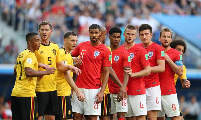 Có dàn WAGs bốc lửa tiếp sức, tuyển Anh vẫn thất bại ở trận tranh hạng 3 15