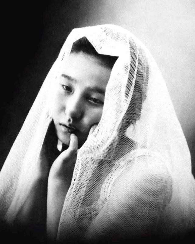 15 bức ảnh mặt mộc không son phấn của các nàng geisha thế kỷ 19 đẹp đến ngỡ ngàng làm bạn không thể rời mắt 10