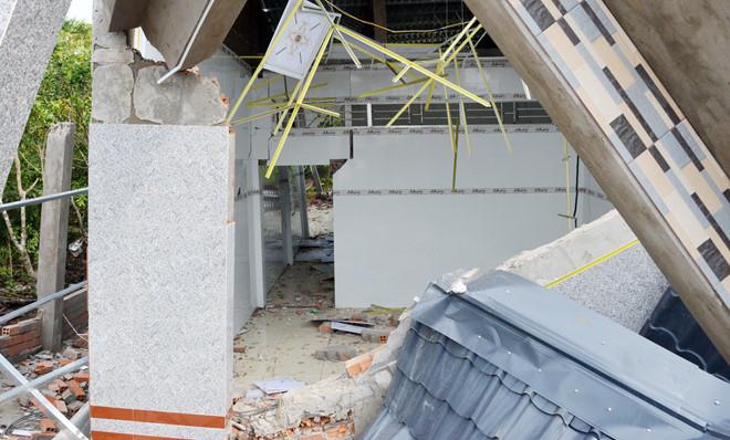 Hy hữu: Nhà hơn nửa tỷ xây xong chưa kịp ở đã sập 2