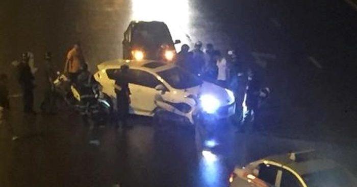 Clip: Cảnh truy bắt nghẹt thở xe chở ma túy trên cầu Vĩnh Tuy 1
