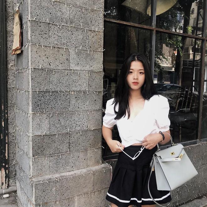 Mới ngày nào bé mũm mĩm, con gái út của nghệ sĩ Chiều Xuân giờ đã lớn phổng, tự tin diện bikini hút mắt - Ảnh 15.