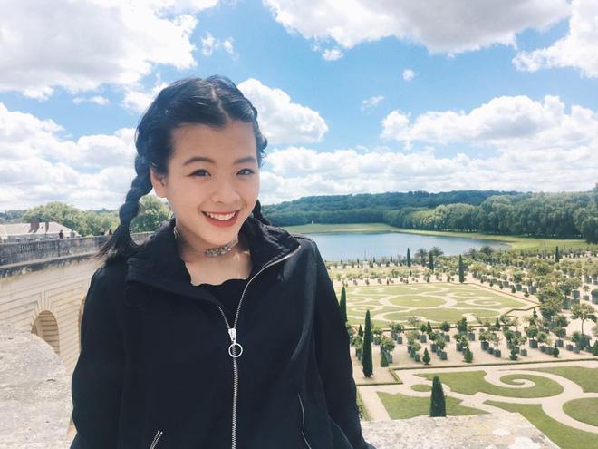 Mới ngày nào bé mũm mĩm, con gái út của nghệ sĩ Chiều Xuân giờ đã lớn phổng, tự tin diện bikini hút mắt - Ảnh 21.
