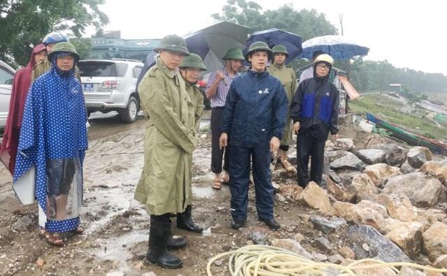 Chủ tịch huyện phân trần lý do bão cận kề vẫn tổ chức họp 1