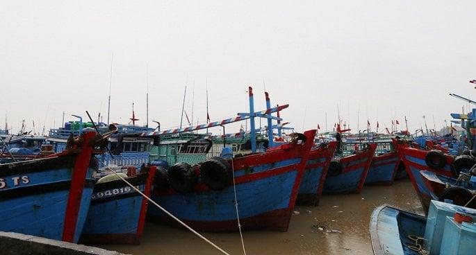 Thanh Hóa: Ảnh hưởng bão Sơn Tinh, hàng trăm ngôi nhà chìm trong biển nước 3