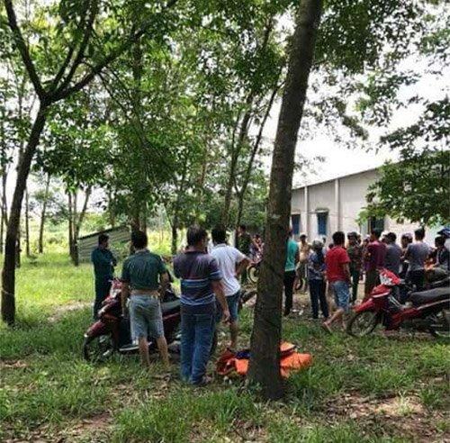 Phát hiện thi thể người trong bao tải tại vườn cao su 2