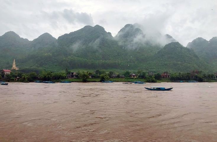 Hình ảnh Khu du lịch Phong Nha – Kẻ Bàng tạm dừng đón khách do lũ dâng cao số 1