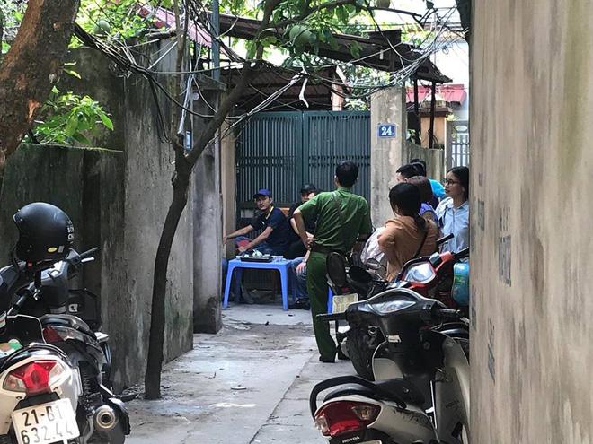 Hàng xóm kể lại giây phút giải cứu 5 người bị khống chế bằng dao và bom xăng  - Ảnh 5.