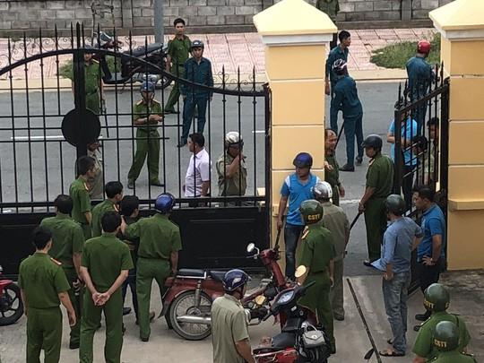 Kiểm sát viên và phóng viên bị hành hung trong phiên tòa: Lấy lời khai các đối tượng liên quan 1