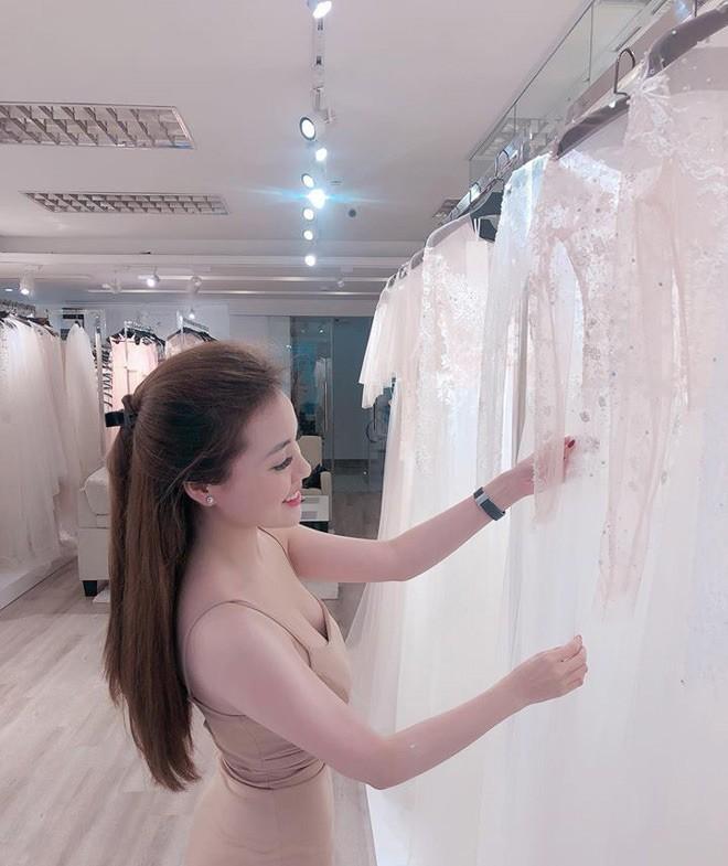 Sao nhí một thời Hà Duy dẫn hôn thê xinh đẹp đi thử váy cưới cho ngày trọng đại vào tháng 12 4