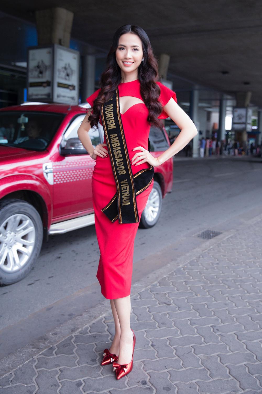 Phan Thị Mơ ra sân bay lúc 12h đêm đón thí sinh Hoa hậu đại sứ du lịch thế giới 2018 2