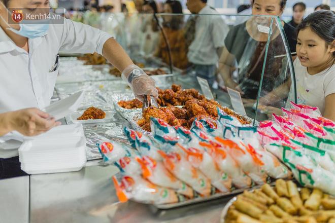 """Cận cảnh VinMart trong toà nhà cao nhất Việt Nam: Ai bảo siêu thị là không thể """"chất"""", không thể cool? 20"""