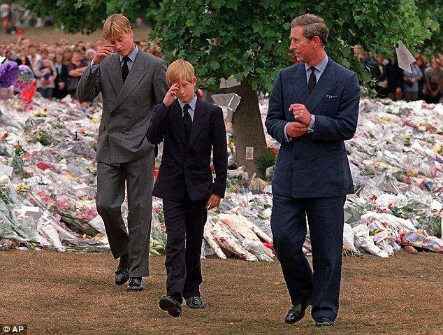 Lời nói cuối cùng của Công nương Diana tại hiện trường vụ tai nạn trước khi qua đời lần đầu được tiết lộ 3