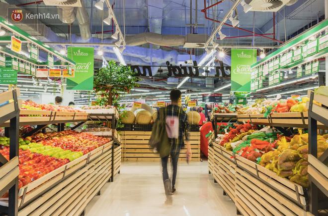 """Cận cảnh VinMart trong toà nhà cao nhất Việt Nam: Ai bảo siêu thị là không thể """"chất"""", không thể cool? 24"""
