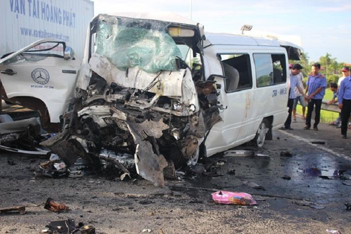 Nhận định ban đầu về nguyên nhân vụ tai nạn thảm khốc ở Quảng Nam khiến 13 người tử vong 1