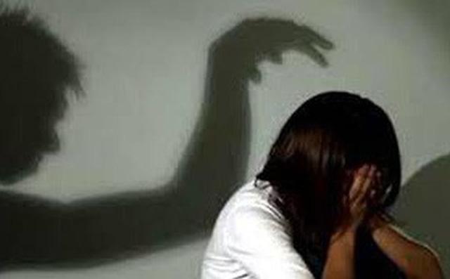 Đắk Lắk: Bố hiếp dâm con gái ruột khi mẹ vắng nhà 1