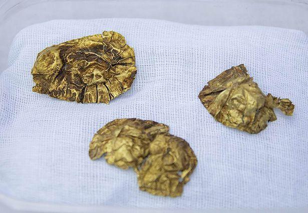 Phát hiện kho báu chứa 3.000 đồ trang sức bằng vàng 1