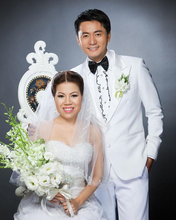 """Sau khi lấy vợ đại gia gây xôn xao, cuộc sống của """"Jang Dong Gun Việt Nam"""" thế nào? 2"""