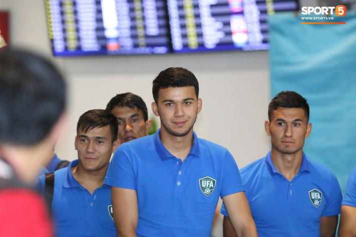 U23 Uzbekistan đã có mặt tại Hà Nội, sẵn sáng tái đấu với U23 Việt Nam - Ảnh 5.