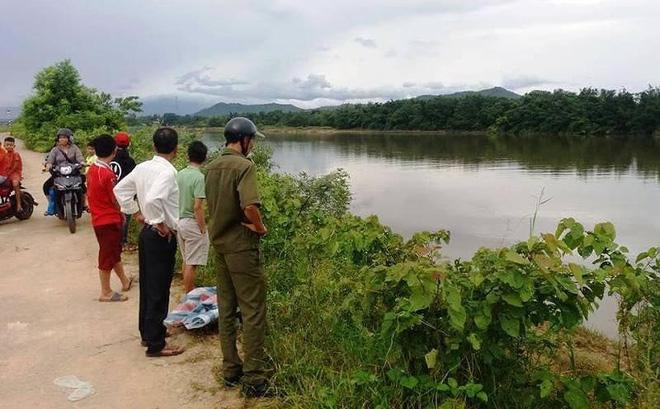 Phát hiện thi thể thiếu tá quân đội nghỉ hưu trôi trên sông 1