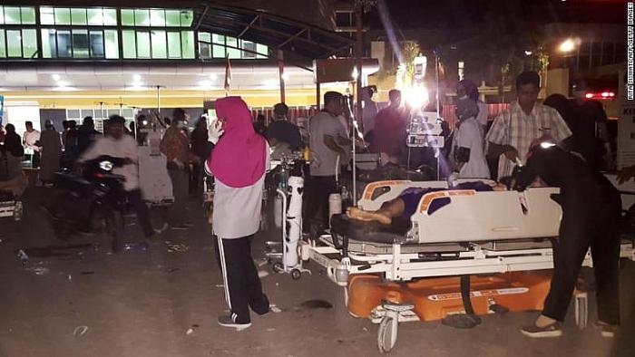 Bộ trưởng Singapore mắc kẹt trong vụ động đất tại Indonesia 2