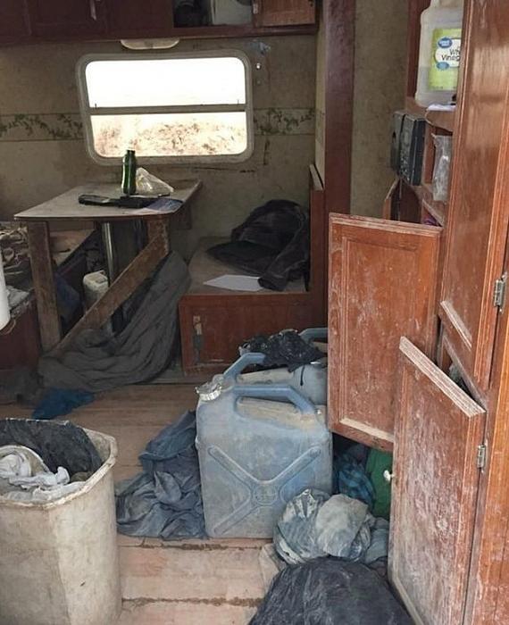Cảnh sát Mỹ giải cứu 11 trẻ em bị bỏ đói trong khu nhà hẻo lánh 1