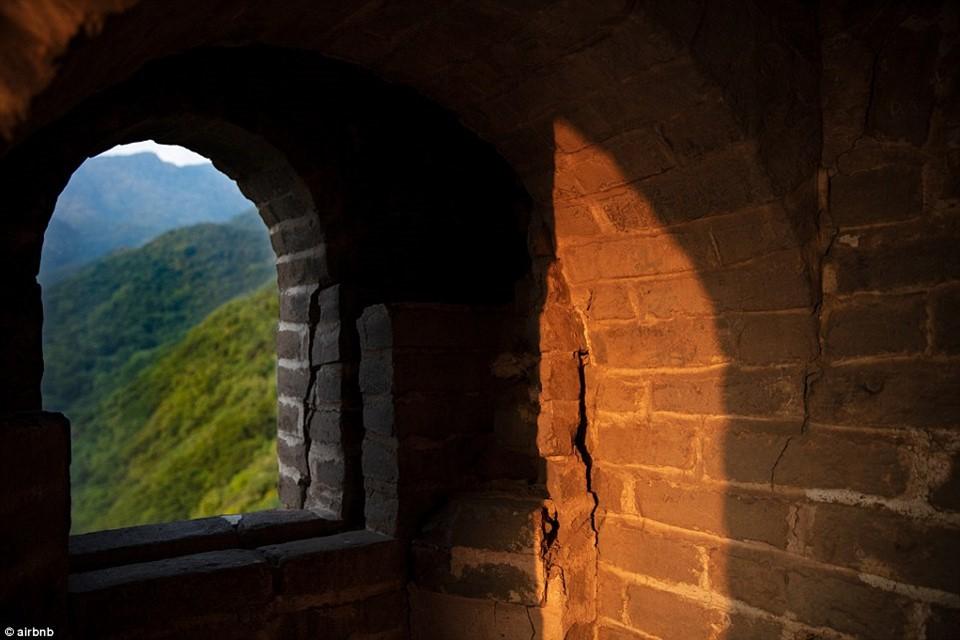 Chùm ảnh: Khách sạn đẹp ảo mộng trên tháp canh của Vạn Lý Trường Thành 5