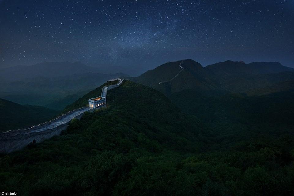 Chùm ảnh: Khách sạn đẹp ảo mộng trên tháp canh của Vạn Lý Trường Thành 9
