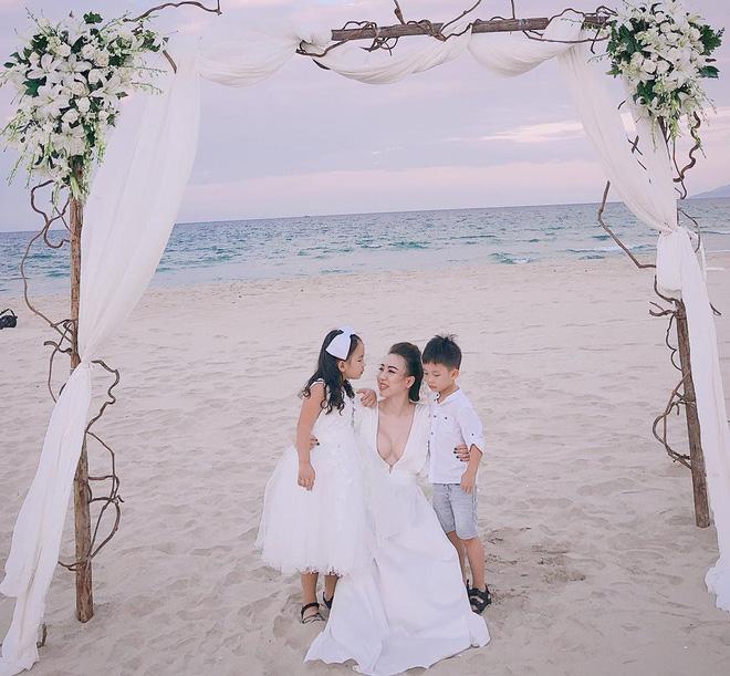 Hình ảnh Hội mẹ bỉm sữa hot nhất Hà thành: Ai cũng xinh đẹp và quyến rũ