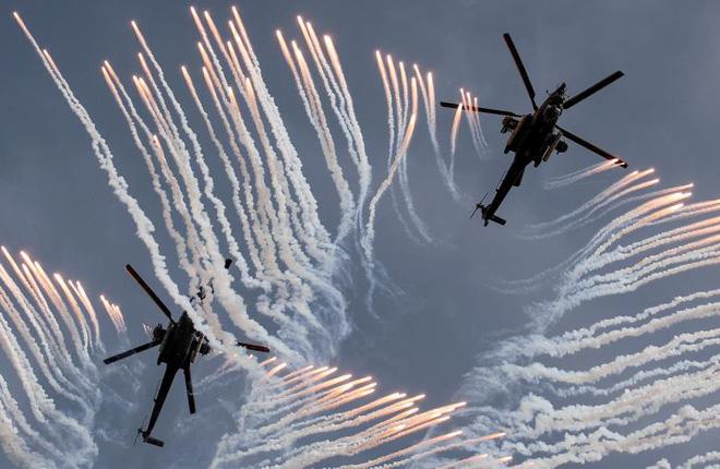 24h qua ảnh: Trực thăng Nga trình diễn ngoạn mục tại cuộc thi quân sự quốc tế 2
