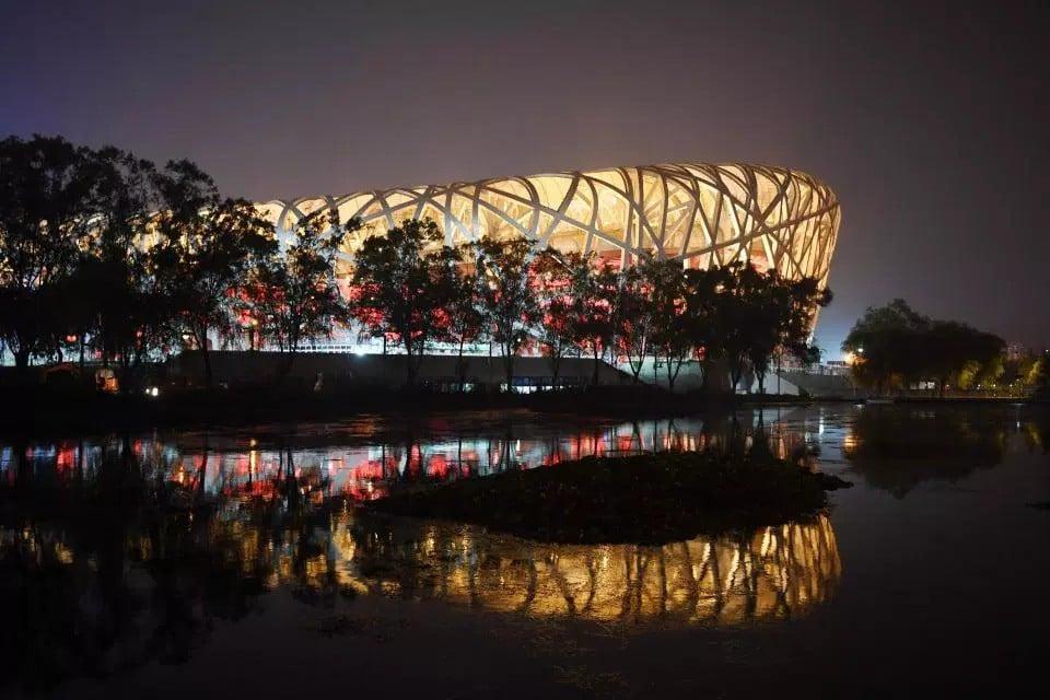 10 năm nhìn lại sân vận động Tổ chim Olympic Bắc Kinh 2008: Hoang tàn đến ám ảnh, niềm tự hào giờ chỉ còn là nỗi tiếc nuối 1