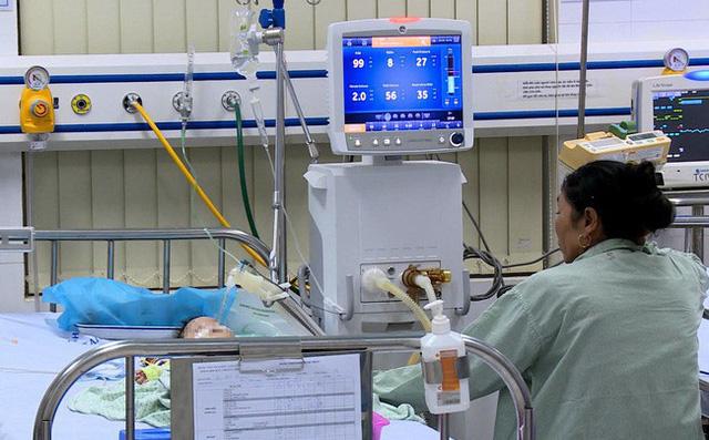 Khởi tố vụ bé 8 tháng tuổi tử vong do điều dưỡng tiêm nhầm thuốc 1