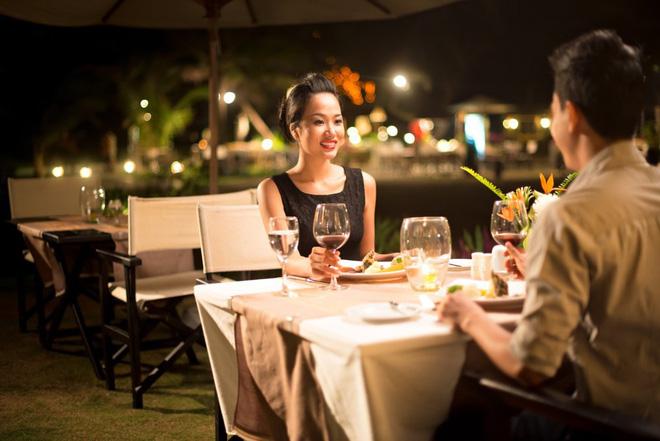 Bắt gặp chồng dẫn 'em gái mưa' đi ăn bữa tối 'tình nhân', vợ lặng lẽ làm điều này khiến chồng sợ tái mặt 1