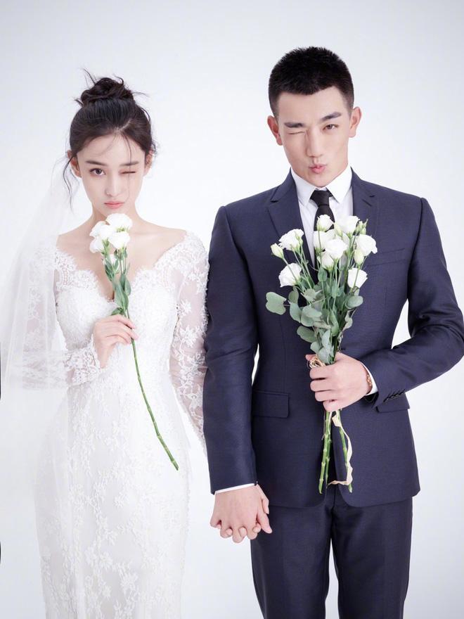 Lộ diện hậu kết hôn với sĩ quan, Trương Hinh Dư khoe nhẫn kim cương và có phản ứng như sau về Phạm Băng Băng 4