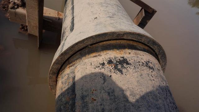 40.000 hộ dân ở Hà Nội thiếu nước sạch vì đường ống dẫn nước bị gãy 2