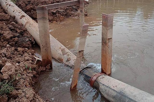 40.000 hộ dân ở Hà Nội thiếu nước sạch vì đường ống dẫn nước bị gãy 1