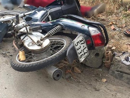 Va chạm, người phụ nữ đi xe máy bị xe tải cán tử vong 1