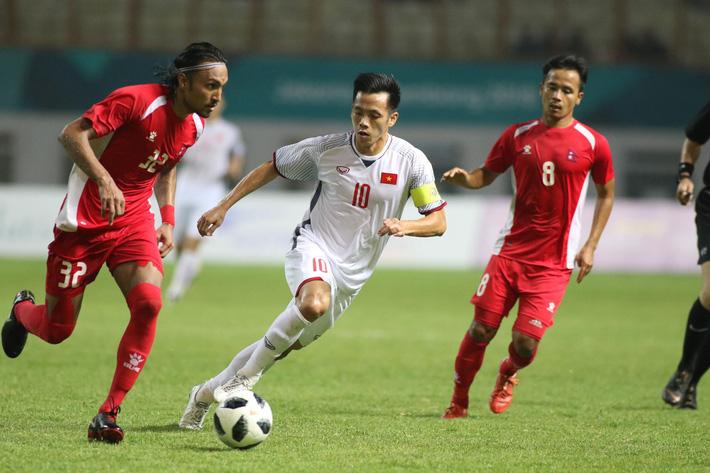 Tính già hóa non, HLV Park Hang-seo suýt tái hiện Hữu Thắng ở kỳ SEA Games thảm họa 5