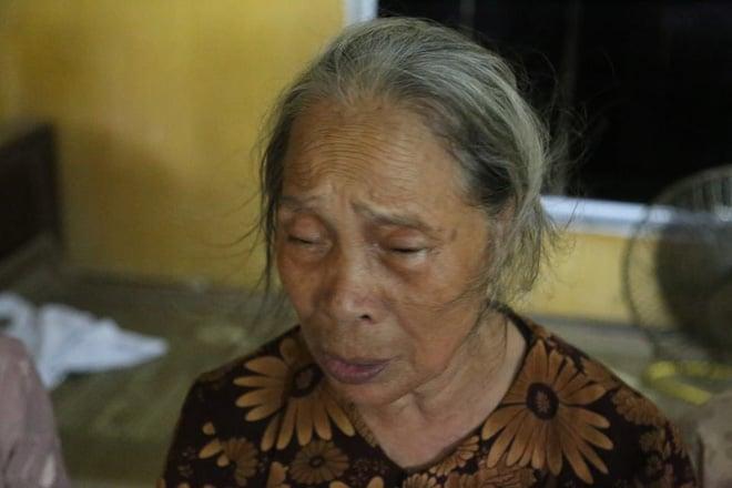 Người thân, hàng xóm khóc nghẹn trong lễ tang hai vợ chồng bị kẻ lạ sát hại trong đêm ở Hưng Yên 8