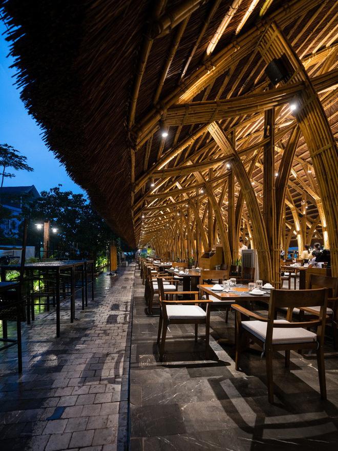 Chiêm ngưỡng vẻ đẹp của nhà hàng làm bằng tre tại Quảng Bình trên báo ngoại - Ảnh 6.
