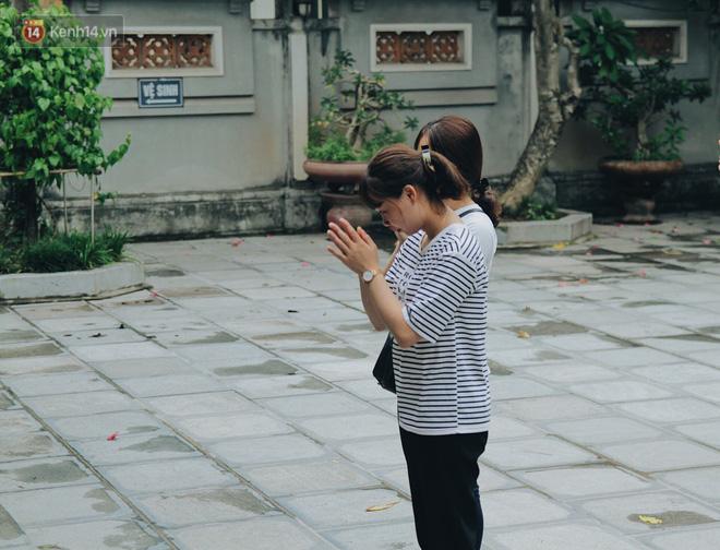 Đến chùa Hà dịp lễ Thất Tịch nghe chuyện cô gái 'cứ viết sớ, sau một tháng có người yêu!' khiến ai cũng ghen tỵ 2