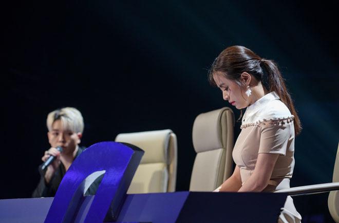Hoàng Thùy Linh coi thường Đức Phúc, cãi nhau tay đôi với nhà báo trên sóng truyền hình 1