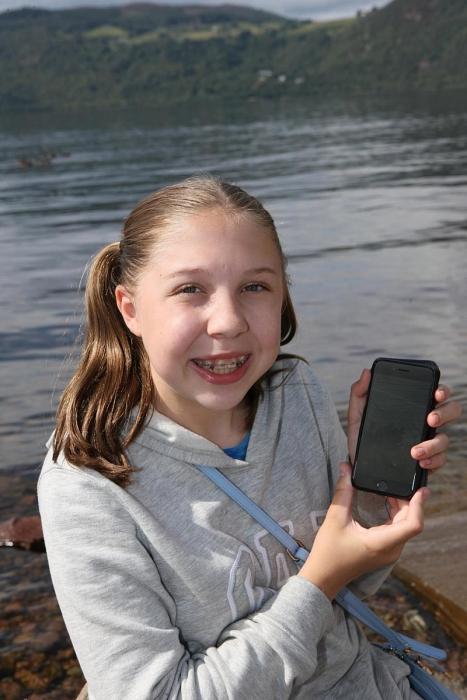 Công bố hình ảnh mới nhất và rõ nét nhất về quái vật hồ Loch Ness 2