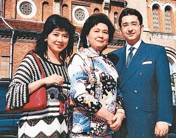 Em gái vua sòng bạc Macau Hà Hồng Sân qua đời, để lại gia tài hàng tỉ đô cùng chuyện tình loạn luân gây sốc dư luận 5