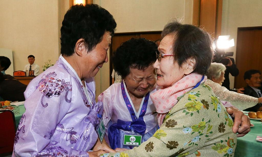 Hàn Quốc và Triều Tiên nhất trí sẽ tổ chức thêm một cuộc đoàn tụ vào tháng 10 3